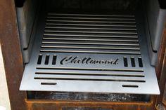 BBQ-en of roken? Het kan op de Chillwood buitenhaard van cortenstaal Grill Pan, Grilling, Bbq, Griddle Pan, Barbecue, Barrel Smoker, Crickets