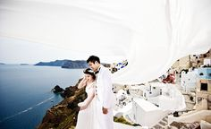 Santorini wedding and pre wedding photographer