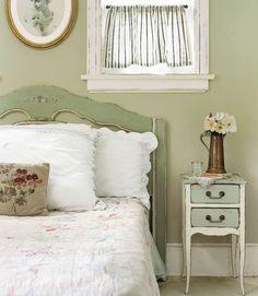 Cool massive landhausm bel wanddeko leinwand nachttisch Vintage BedroomsShabby Chic