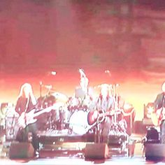 Ahora @thegrammys en vivo espectacular #GrammysEnTNT Victor Hugo | Venezuela