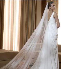 I love long veils