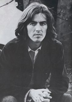 """thateventuality: """" George Harrison, 9 April photographed for The Beatles Book by either Leslie Bryce or Bruce McBroom. """"""""He was the first to put behind all the trappings of pop stardom. Yet, at the same time, it's important to notice that he. Foto Beatles, Beatles Books, Les Beatles, Hello Beatles, Ringo Starr, Paul Mccartney, John Lennon, Liverpool, Great Bands"""