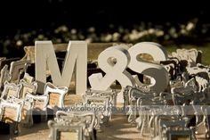 Little photo-frames favors {Decoració boda, Colores de Boda} #weddingfavors #detallesboda #tendenciasdebodas