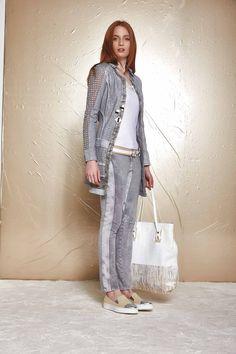 DANIELA DALLAVALLE - Lookbook #collection #woman #PE17 #elisacavaletti #danieladallavalle #shoes #trousers #bags #top #blouse