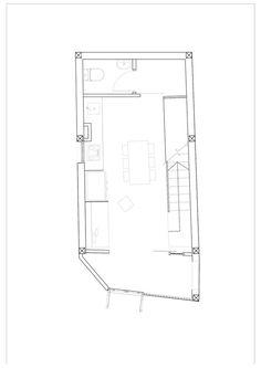 Este belo sobrado foi construído em um terreno de dimensões peculiares: 4 metros x 8 metros. Com pouca área à disposição, os arquitetos da MM++ architects