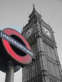 Mind The Gap!! ;) London, England