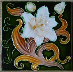 ANTIQUE ENGLAND - HIBISCUS - ART NOUVEAU MAJOLICA TILE C1900 #England