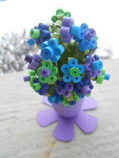 Mini Daisy Paper Bouquet. Peacock Purple Blue by TreeTownPaper