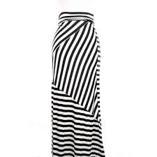 çizgili etek modelleri ile ilgili görsel sonucu Pola Rok, Striped Pants, Modest Fashion, Clothes, Skirts, Striped Tights, Outfit, Kleding, Striped Shorts