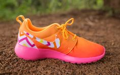 Women's Custom Chevron Nike Roshe Runs by ClarkCouturecom on Etsy