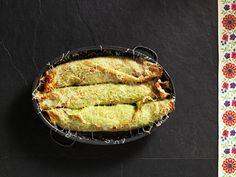 Gerollte Kräuterpalatschinken mit Fleischfülle Omelette, Cornbread, Guacamole, Pie, Ethnic Recipes, Desserts, Food, Tortillas, Austria