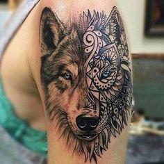 güzel köpek kurt dövmesi