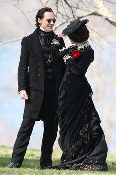 Tom Hiddleston and Jessica Chastain film scenes for Guillermo del Toro's new movie 'Crimson Peak' on May 6, 2014 [HQ]