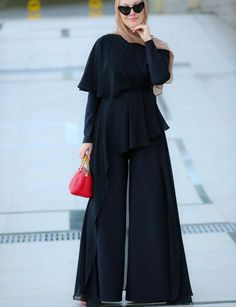 It is indeed the best version of modest jumpsuit: palazzo pants are covered Best Ever Jumpsuit Jumpsuit Hijab, Modest Maxi Dress, Hijab Fashionista, Frill Tops, Long Jumpsuits, One Piece Dress, Chiffon Skirt, Palazzo Pants, Dot Dress