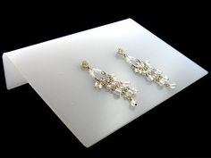 Learn more about >> how one can photograph earrings - Google Search...