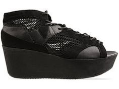 Vagabond Conga 427 (NEED THESE MESH SNEAKS IN MY LIFE)