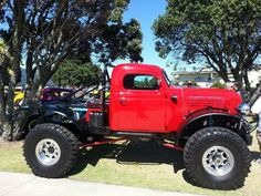 How cool is this LSX powered Dodge Power Wagon!
