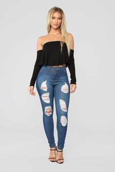 Let's Chill Off Shoulder Top - Black Jean Outfits, Fashion Outfits, Fashion Trends, Lauren Wood, Cargo Pants Men, Street Style Summer, Got The Look, Female Poses, Off Shoulder Tops