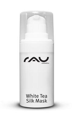 Unsere RAU White Tea Silk Mask wurde speziell für die regenerationsbedürftige Haut unter Verwendung von Seidenproteinen, Sheabutter und Naturölen entwickelt. Die Haut wird durch die Verwendung dieser Maske beruhigt und regeneriert, die Spannkraft wird verbessert und es entsteht ein samtiges Hautgefühl. Ein Vitaminkomplex verstärkt diese Wirkung. Der enthaltene weiße Tee wirkt gegen freie Radikale und ist somit ein wirkungsvoller Anti-Aging-Wirkstoff.