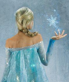 Elsa from Frozen Cosplay Dress Walt Disney The Snow Queen Costume Frozen Cosplay, Elsa Cosplay, Disney Cosplay, Cosplay Dress, Cosplay Costumes, Frozen Elsa And Anna, Disney Frozen Elsa, Snow Queen Costume, Body Paint Cosplay