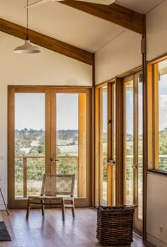 Valley Windows Castlemaine & Impressive GOODWOOD Windows and Doors by MRTN | Building photography ...