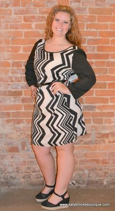 Women's Vertical Chevron Belted Dress: Katybrooke Boutique