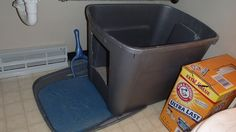 Homemade cat litter box! Do your cats pee off the side or the back of your litter box? Well here is the solution! Just cut a hole on the side but leave enough room for the litter to stay in on the bottom. Then use the lid as an extra litter catcher as they walk out. We change it every 3 months. : )  Works great!!