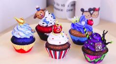 Disney Descendants Villains party - Cupcake ideas. READ IT:  http://grown-up-disney-kid.tumblr.com/post/131391331244/how-to-have-a-wickedly-evil-descendants-party