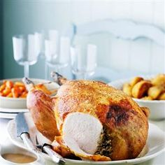 We've given turkey a Scottish twist by stuffing it with haggis. It's the ideal centre piece for Christmas, Hogmanay (New Year's Eve) or Burns Night. Stuffing Recipes, Turkey Recipes, Burns Night Recipes, Roast Menu, Christmas Ham, Christmas Roast, Christmas Kitchen, Christmas Recipes, Cooking Time