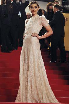Novia retro de Valentino en Cannes
