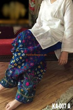 PHULKAARI Luxury Embroidered Lawn Eid Collection Replica Fabric: Lawn Embroidered Lawn Shirt Front Plain Lawn Back Embroidered Lawn Sleeves Embroidered Neck Embroidered Daman Embroidered Chiffon Dupatta Embroidered Lawn Trousers Included Pakistani Fashion Casual, Pakistani Dresses Casual, Pakistani Dress Design, Indian Fashion, Pakistani Dresses Online Shopping, Salwar Designs, Kurta Designs Women, Blouse Designs, Dress Indian Style