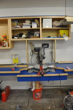 Excellent Table Saws, Miter Saws And Woodworking Jigs Ideas. Alluring Table Saws, Miter Saws And Woodworking Jigs Ideas. Garage Workshop Organization, Workshop Storage, Workshop Ideas, Woodworking Bench, Woodworking Shop, Woodworking Projects, Miter Saw, Wood Tools, Diy Wood Projects