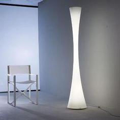Attractive lighting designer floor lamp Biconica by Martinelli Luce Porches, Design Lotus, Lampe Led, Light Decorations, Exterior Design, Lighting Design, Designer, Chandelier, Flooring