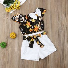 Baby / Toddler Pretty Floral Print Off Shoulder Bowknot Top and Solid Shorts Set - My best baby product list Girls Summer Outfits, Dresses Kids Girl, Little Girl Outfits, Cute Outfits, Floral Outfits, Baby Outfits Newborn, Baby Girl Newborn, Baby Girls, Baby Girl Tops