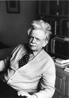 Elias Canetti (Roese (Bulgarije), 25 juli 1905 - Zürich, 14 augustus 1994) was een Duitstalige schrijver en winnaar van de Nobelprijs voor Literatuur in 1981.