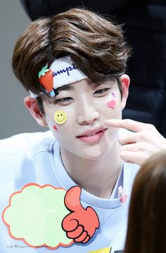 MJ (엠제이) of ASTRO (아스트로) | He looks so adorable and squishy, I want to give him a big hug!! ❤❤