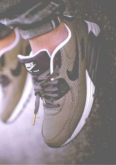 Mens/Womens Nike Shoes 2016 On Sale!Nike Air Max, Nike Shox, Nike Free Run Shoes, etc. of newest Nike Shoes for discount sale Nike Free Shoes, Nike Shoes Outlet, Shoe Outlet, Outlet Store, Cute Shoes, Me Too Shoes, Souliers Nike, Suit And Tie, Nike Outfits