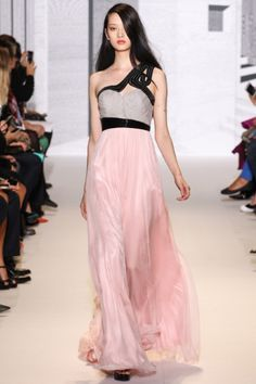 Sfilata Andrew Gn Paris - Collezioni Primavera Estate 2014 - Vogue