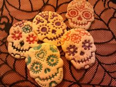 Amazon.com: SWEET SPIRITS Day of the Dead Cookie Cutter/Stampers, Set of 4: Dia De Los Muertos: Kitchen & Dining