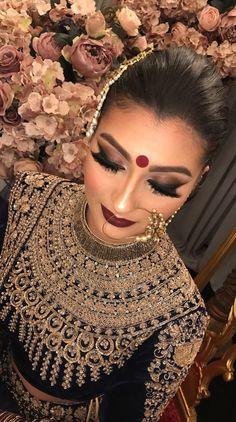 The day a woman gets married is one of the most anticipated days of her life, and most brides want everything to be just perfect. To that precise end, there is a long product line of bridal make up, all promising to turn a normal woma Asian Bridal Makeup, Indian Makeup, Indian Beauty, Indian Wedding Makeup, Arabic Makeup, Indian Wedding Outfits, Indian Outfits, Indian Bridal Hairstyles, Asian Bride