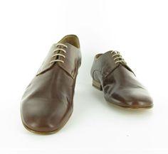 Chaussures PETER BLADE Derby DEN châtaigne : chez vous pour 129 € !  http://www.peterblade.com/chaussure/homme/den_chataigne/de_ville/marron/cuir_lisse/deauville/199