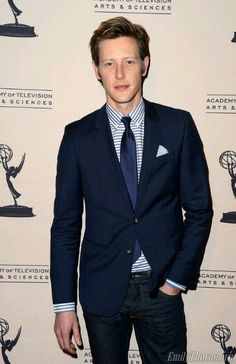i still think of him as my little Nolan ross from Revenge....so adorable..sighhhh