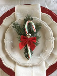 This tablescape is more than pretty, it's a nod to a special childhood memory. Christmas Dining Table, Christmas Table Settings, Christmas Tablescapes, Christmas Table Decorations, Holiday Tables, Thanksgiving Table, Fall Table, Christmas Candles, Holiday Parties