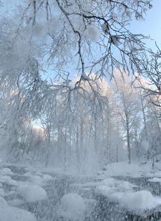 heavy snow by *KariLiimatainen on deviantART