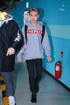 Park Ji Sung, Huang Renjun, Jung Jaehyun, Jung Woo, Na Jaemin, Foto Bts, Debut Album, Taeyong, Nct Dream