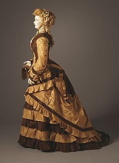 Ehrich's (United States, New York, New York City) Woman's Two-piece Dress, Silk taffeta. Costume and Textiles Department. Victorian Gown, Victorian Costume, Victorian Fashion, Vintage Fashion, Vintage Outfits, Vintage Dresses, 1800s Dresses, Historical Costume, Historical Clothing