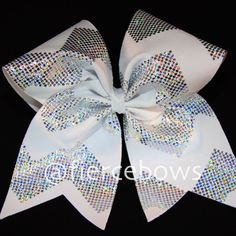 4168 White Chevron Silver holographic dots in a chevron pattern adorn this cute bow, a perfect go with anything bow. Base ribbon is 3 inches.