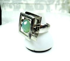 Modernist Sterling Silver 925 Chalcedony Gemstone Cubist Square Size 7 1/2 Ring #midcenturyring #Cocktail #selfemployed #usa #fashionjewelry #mothersday #sterlingsilverjewelry #Silver #vintagestyle #5thavenue #Classicstyle