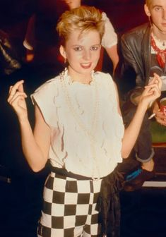 Clare Grogan, Siouxsie Sioux, Altered Images, Lace Skirt, Musicals, Photos, Pictures, Musical Theatre