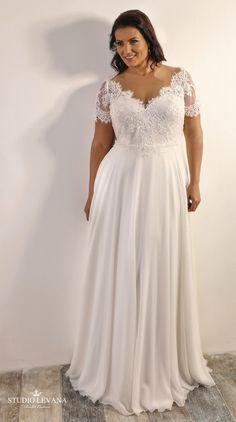 Vintage plus size wedding dress with short sleeves and chiffon skirt. Vintage plus size wedding dress with short sleeves and chiffon skirt. Plus Size Wedding Dresses With Sleeves, Informal Wedding Dresses, Informal Weddings, Plus Size Wedding Gowns, Rustic Wedding Dresses, Lace Dresses, Plus Size Dresses, Bridal Dresses, Vintage Dresses